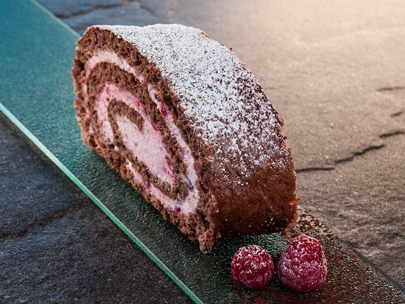 HIMBEER-ROULADE |